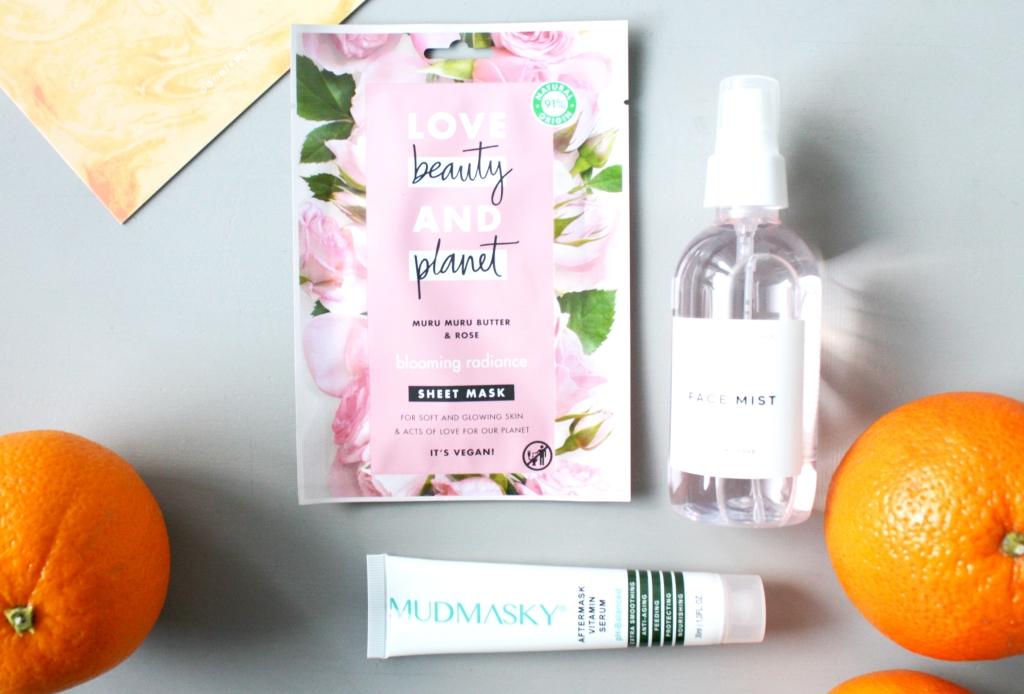 Helmikuun 2020 Goodiebox kauneustuotteet ja arvostelu